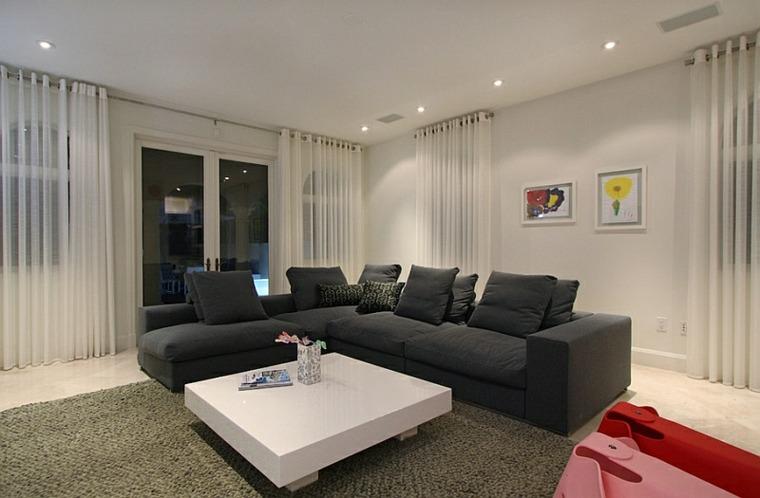 Cortinas modernas para salon 24 dise os originales for Cortinas en tonos grises