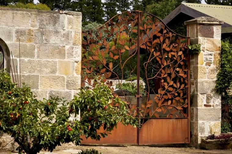 acero corten diseno decoracion jardin puertas ideas