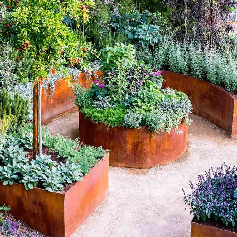 10 Creative Vegetable Garden Ideas: Acero Corten Diseños Y Decoraciones En El Jardín