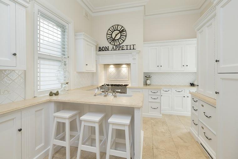 Cocina blanca 42 dise os de cocinas que te encantar n - Suelos para cocinas blancas ...