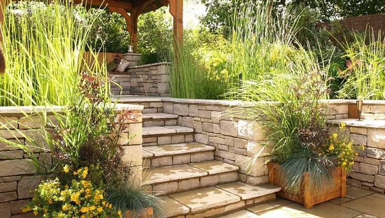 bonito diseno escaleras exteriores piedra
