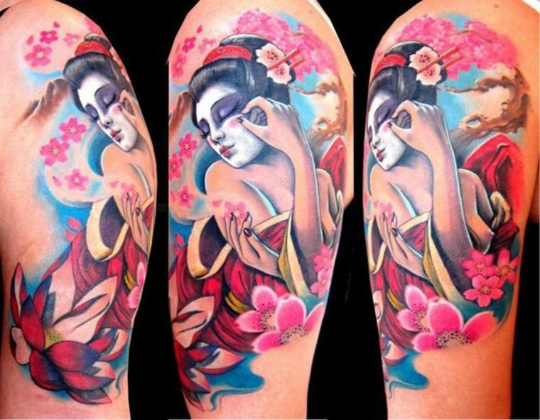 bonito tatuaje geisha colores intensos