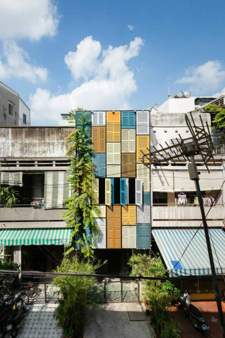 persiana de exterior ideas coloridas casa disenada block architects vietnam ideas