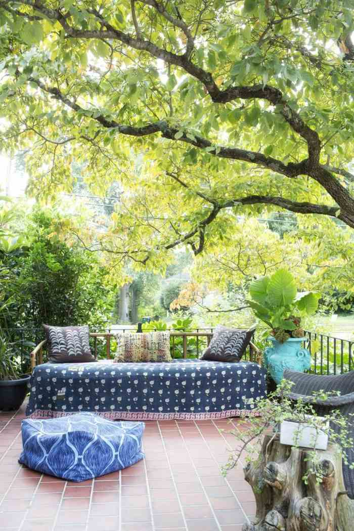 claros colores muebles funcionales arboles