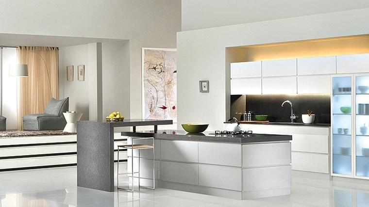 Cocina creativa e inspiradora en blanco -