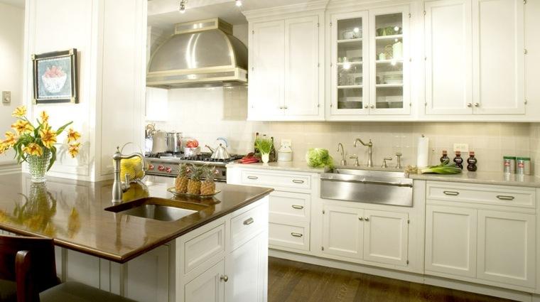 cocina lujosa blanca moderna diseno placer casa ideas
