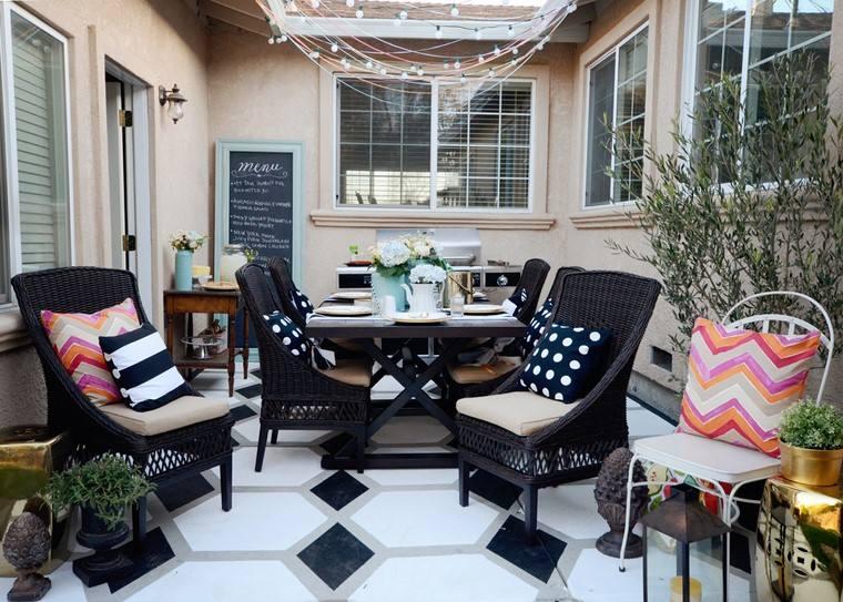 como decorar terraza espacios estrechos muebles distintos materiales ideas