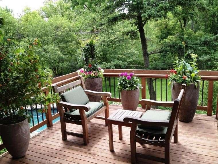 como decorar terraza pequena sillones madera ideas