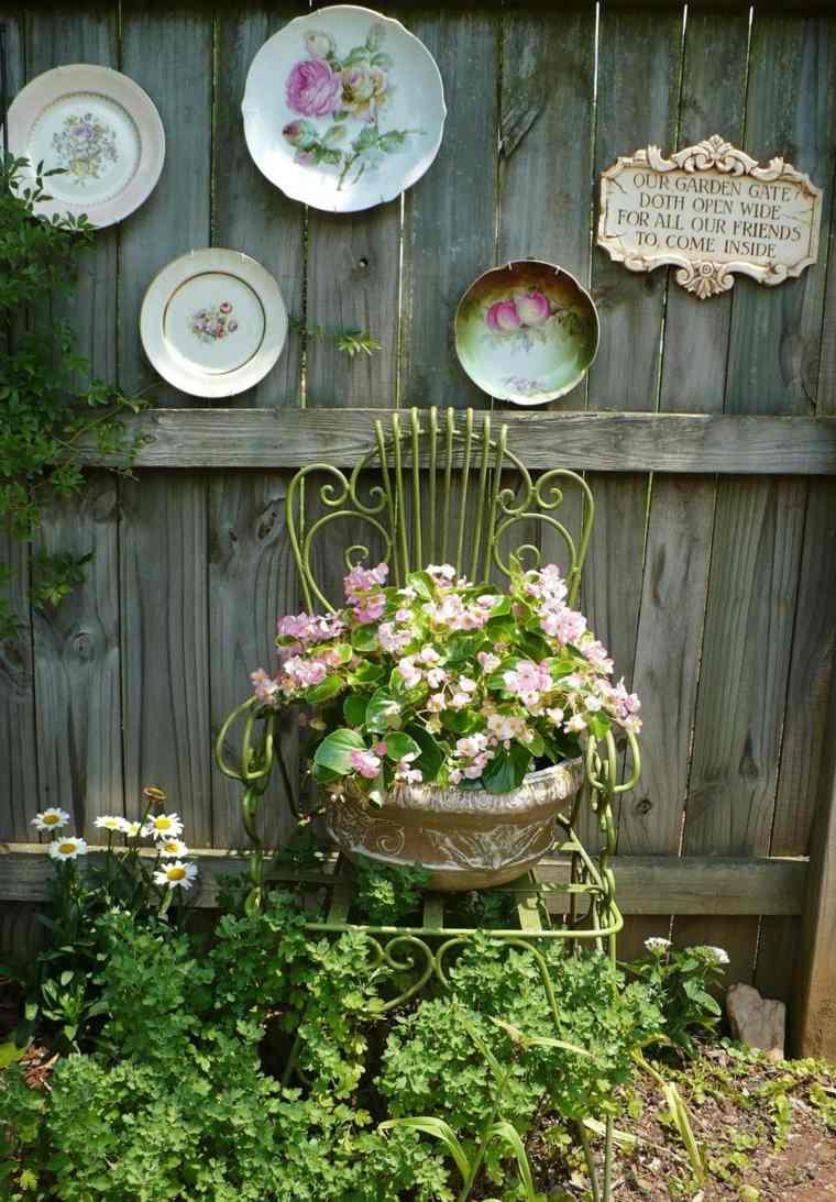 Manualidades para jardin 12 ideas fant sticas para decorar for Vajilla retro