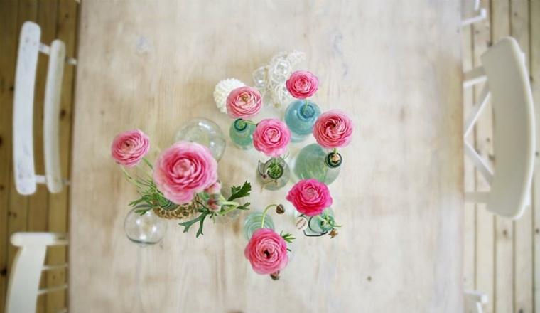 decoración mesa flores rosas