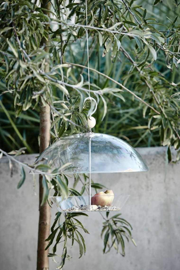 decoracion de terrazas diseño bebedero aves comidas