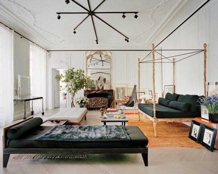 decoracion salon diseno sofa dosel oro ideas