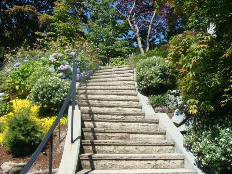 escaleras cemento deco jardin plantas