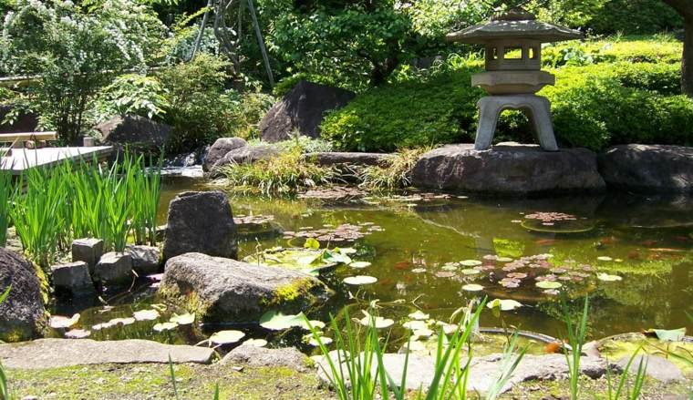 estanque jardin estilo japonés