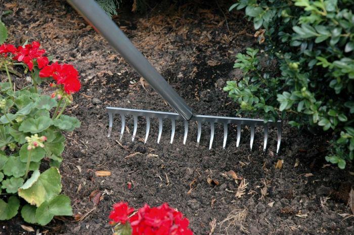 herramientas de jardineria conceptos fuentes metales