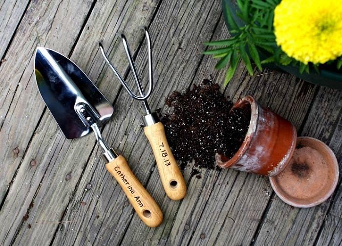 herramientas de jardineria ideas especiales amarillo