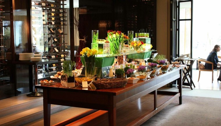ideas cumpleanos mesas preparadas comida flores decoracion ideas
