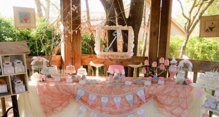 ideas para cumpleanos mesa decorada dulces moderno