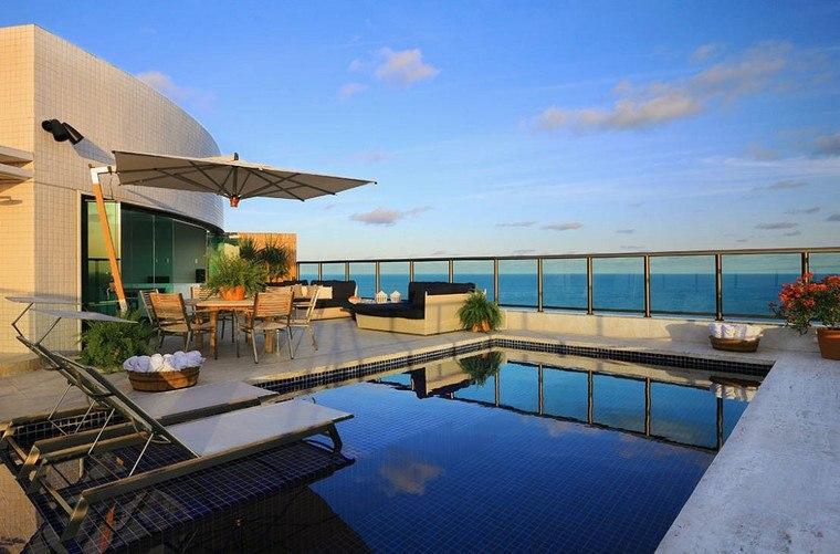 ideas terrazas amplia piscina pequena moderna