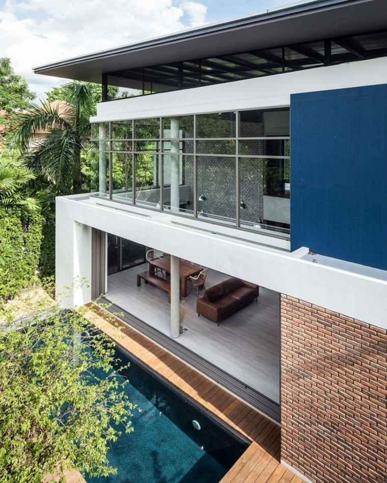imagen fachada casa moderna azul