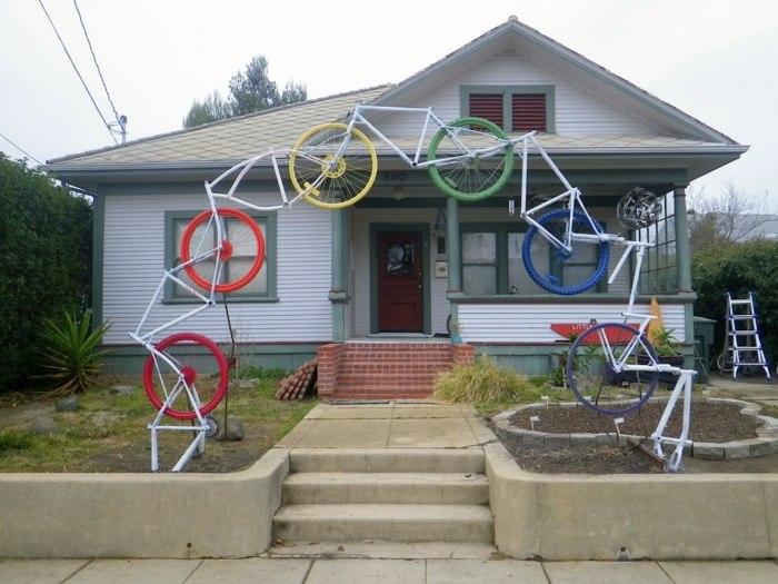 la bicicleta vieja decorando entrada casa ideas