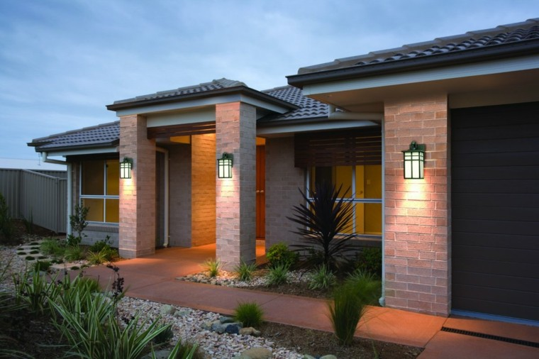 Decoracion exterior ideas para dise os funcionales y frescos for Farolas de jardin
