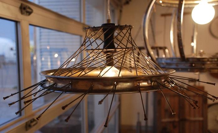 lampara hecha llanta bicicleta opciones originales ideas