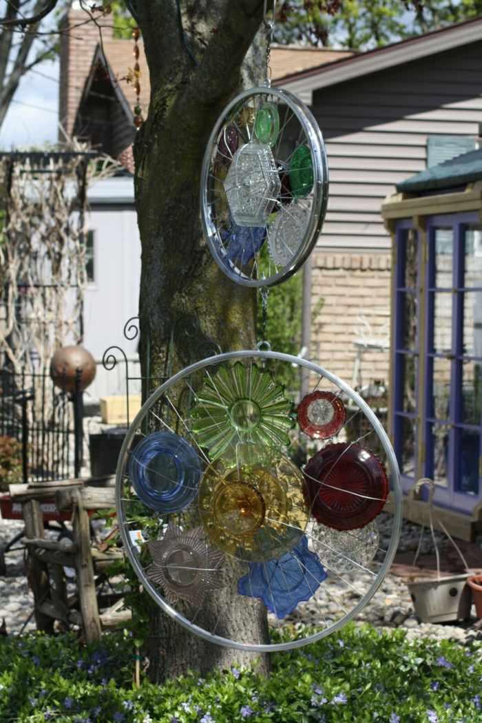 La bicicleta y el reciclaje 31 ideas de llantas para decorar for Decoracion de jardin con llantas