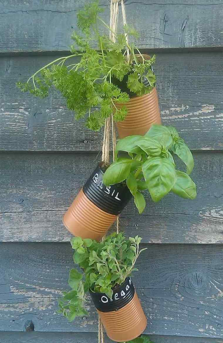 manualidades para jardin maceteros especias