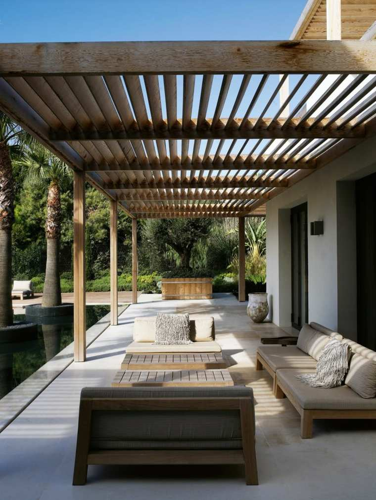 modernas maderas esteriores conceptos cojines