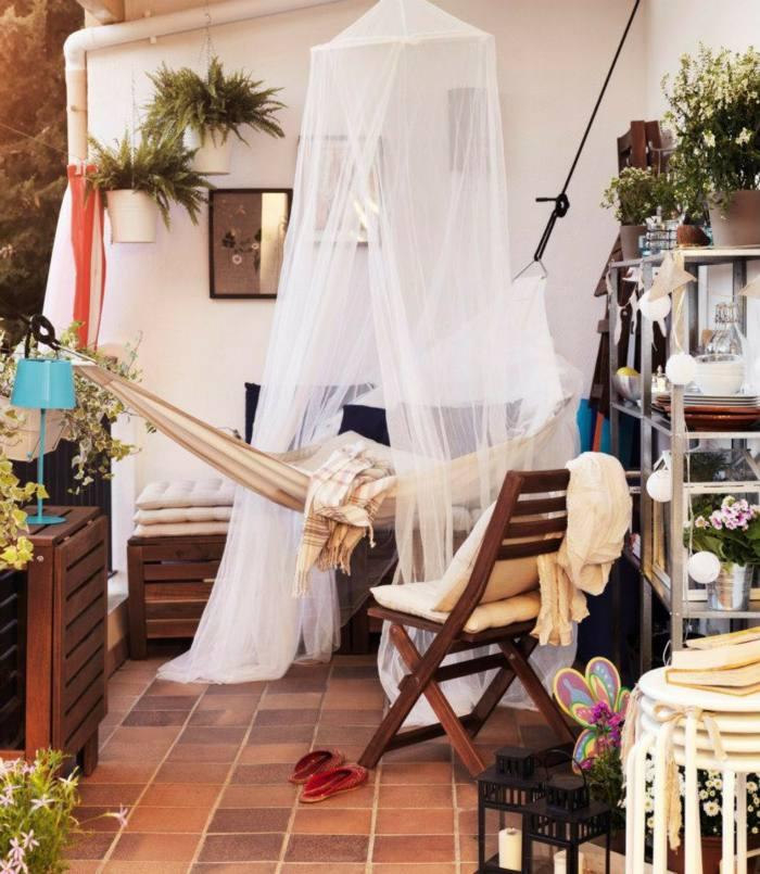 muebles balcon pequeno moderno hamaca cortina ideas