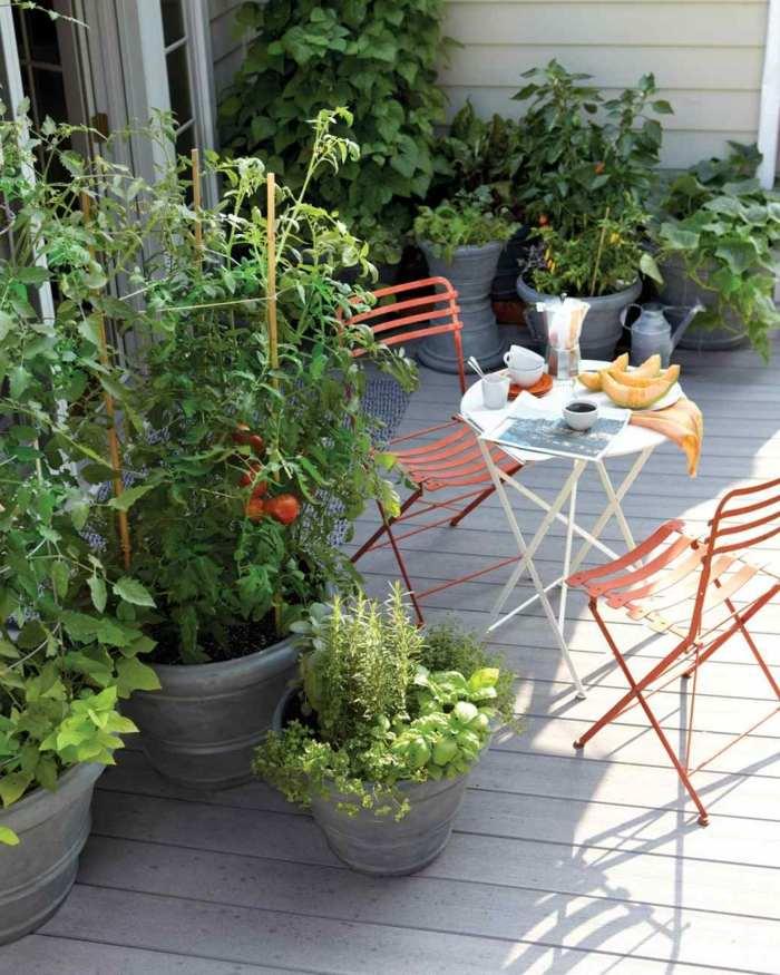 muebles balcon pequeno moderno verduras macetas ideas