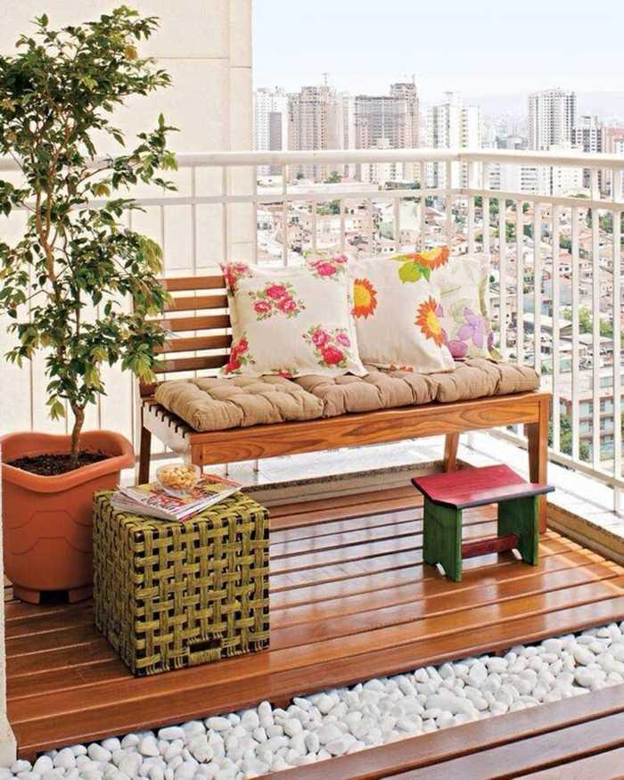 muebles de balcon pequeno moderno banco madera natural ideas