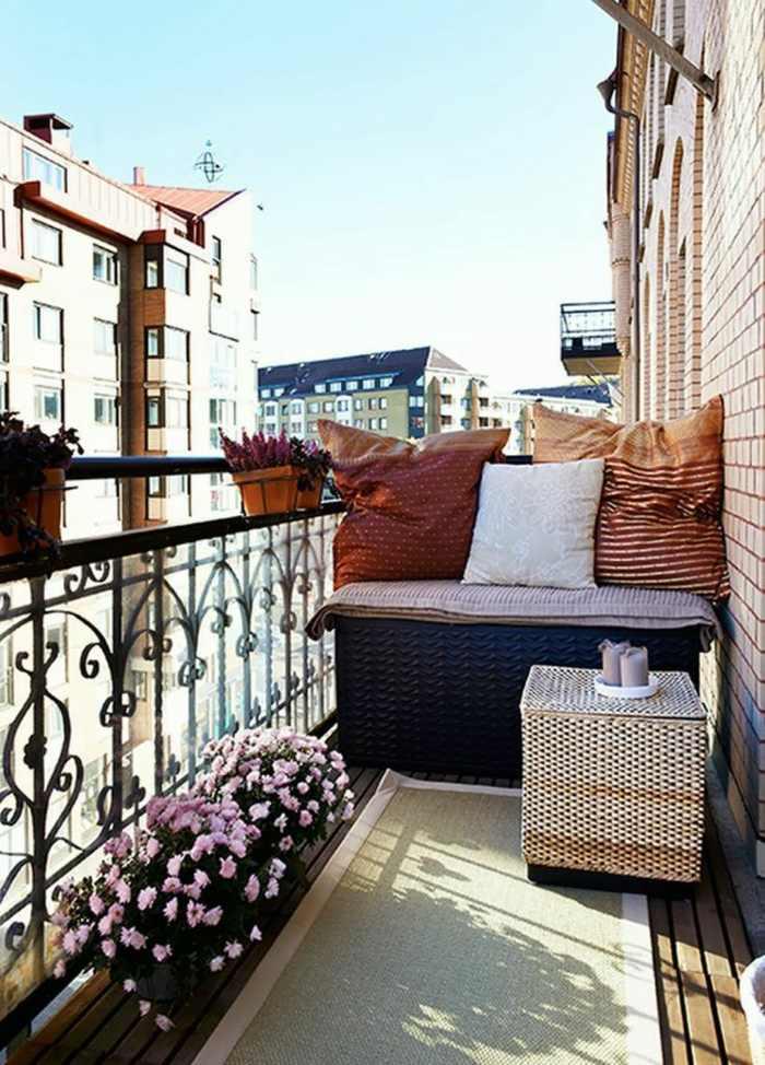 muebles de balcon pequeno moderno plantas flores ideas