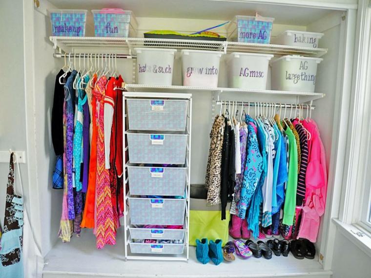 ordenar ropa prendas cajas plastico