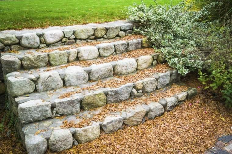 original diseño escalera rocas