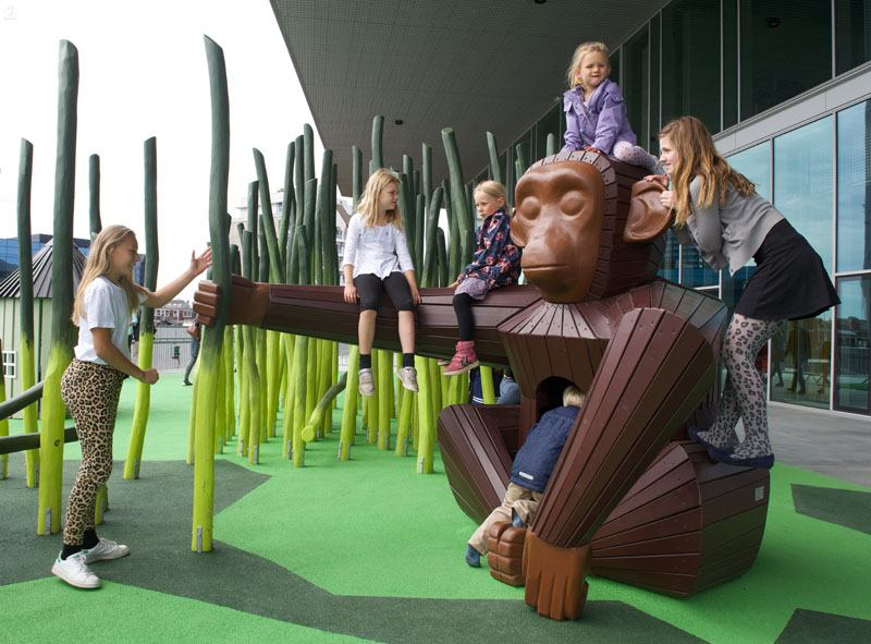 original diseño mono parques infantiles