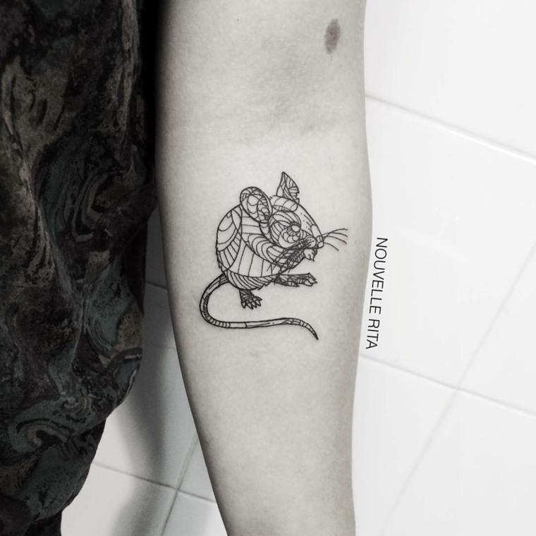original tatuaje forma ratón