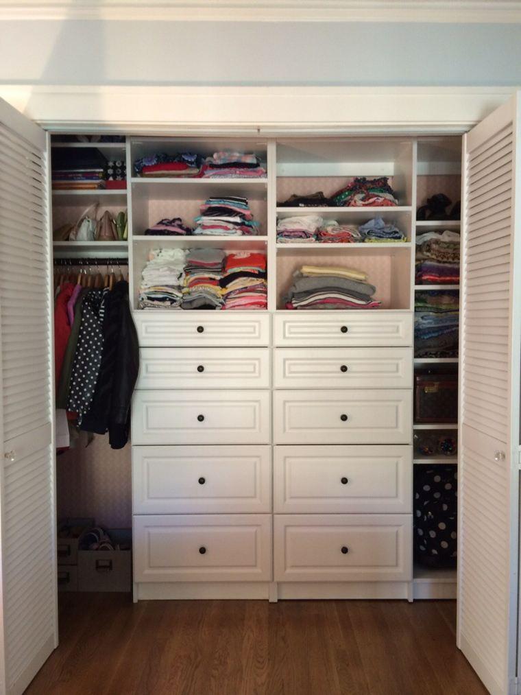 original vestidor estantes cajones ordenados