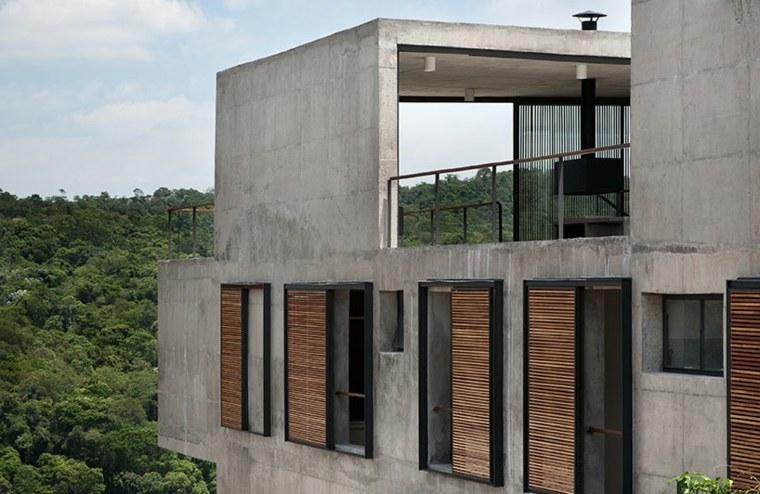 persiana exterior casa Itahye Residence disenada Apiacas Arquitetos ideas