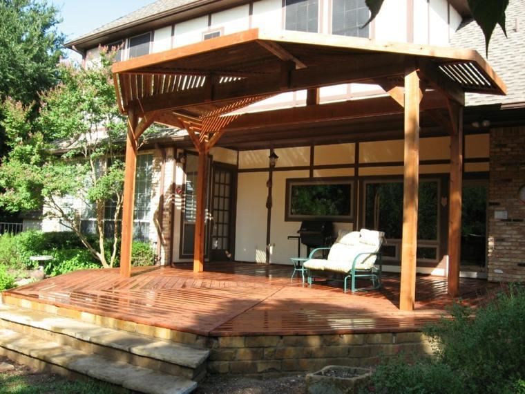 Porches de madera y cubiertas para jardines 12 dise os for Porche jardin madera