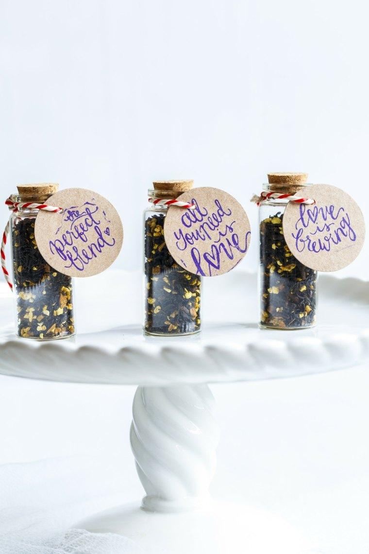regalos boda originales botellitas cristal llenos te ideas