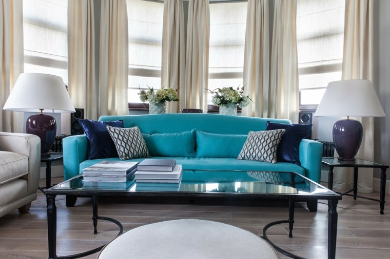 sofa color verde azulado destacando salon urbano ideas