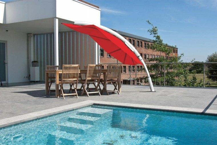 sombra y luz jardin amplio moderno piscina ideas