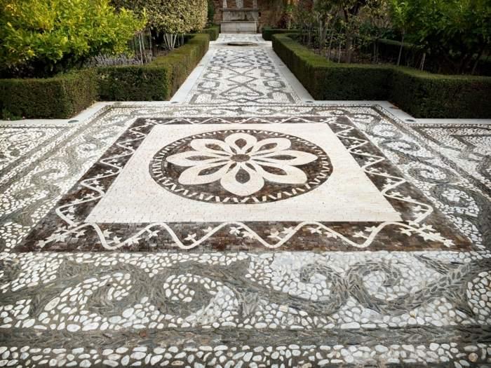 suelos mozaicos fuentes exteriores madera