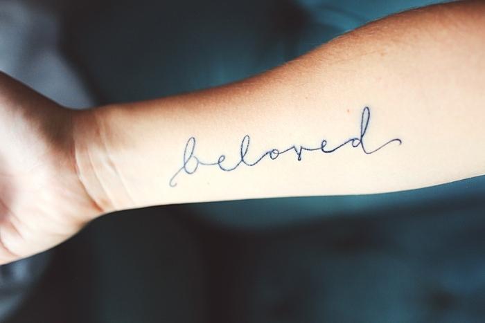 tatuajes en el brazo opciones diseno amado ideas