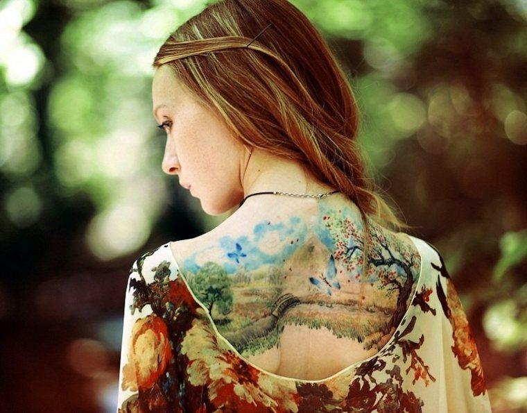tatuajes para mujeres la espalda