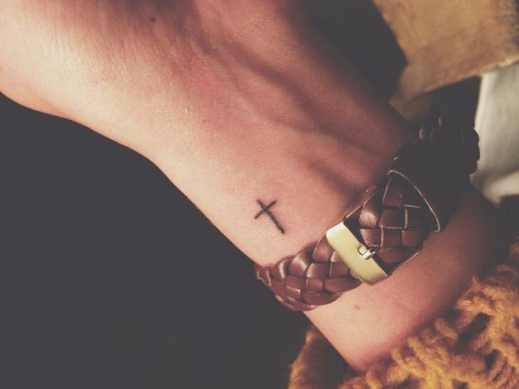 tatuajes pequeños muneca estilo reloj