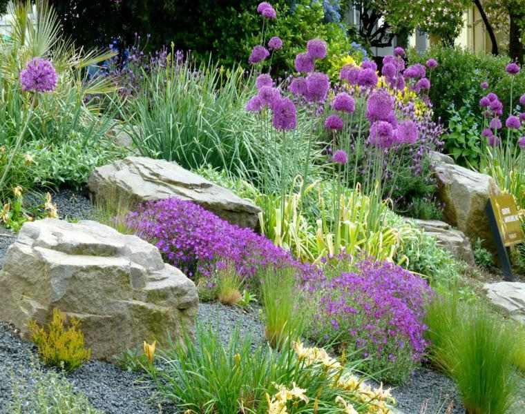 bonita decoración rocalla jardin