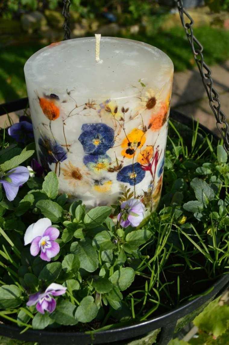 bonita vela decorada flores